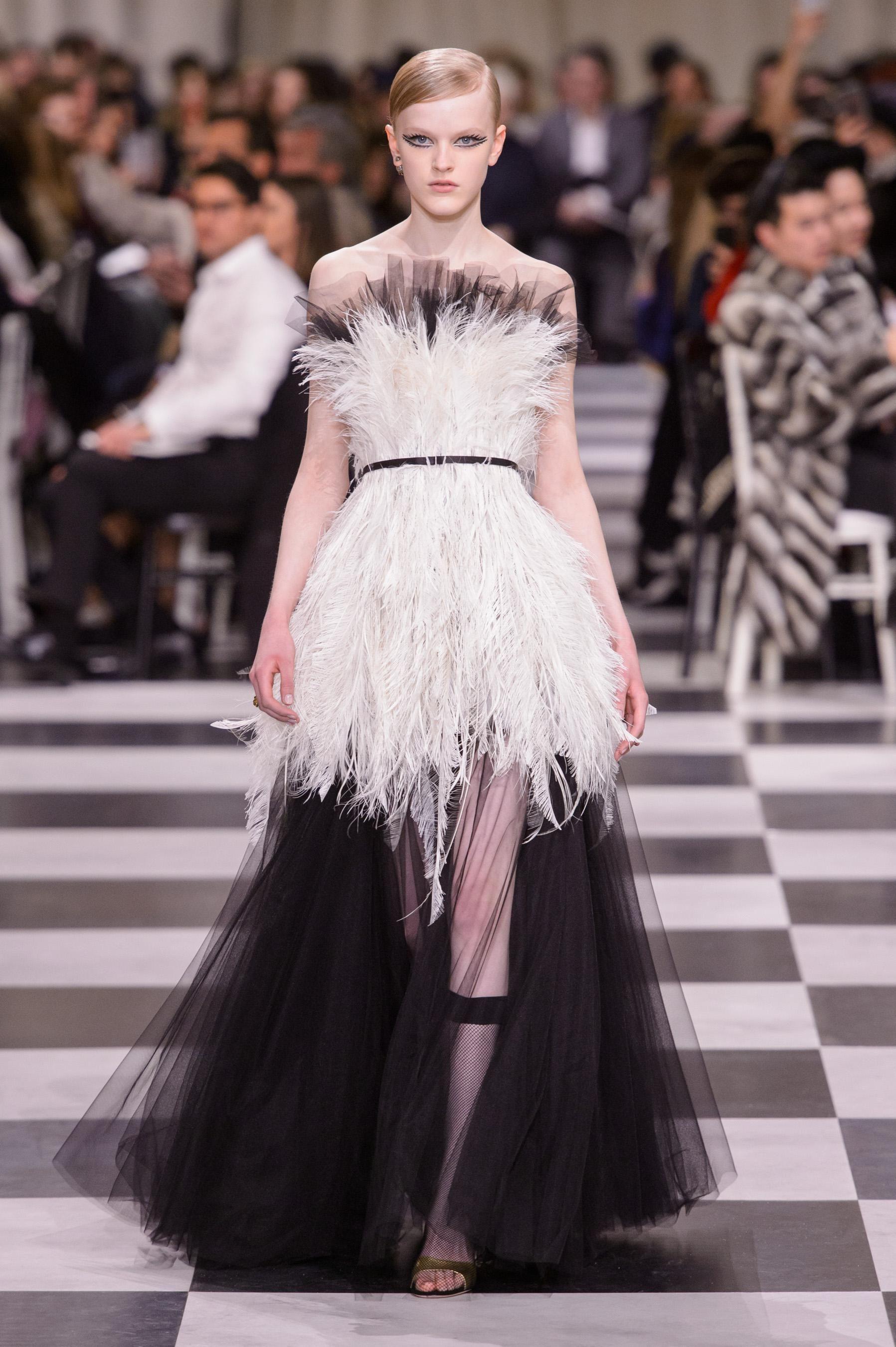 603c90eaf05 Défilé Christian Dior Printemps-été 2018 Haute couture - Madame Figaro