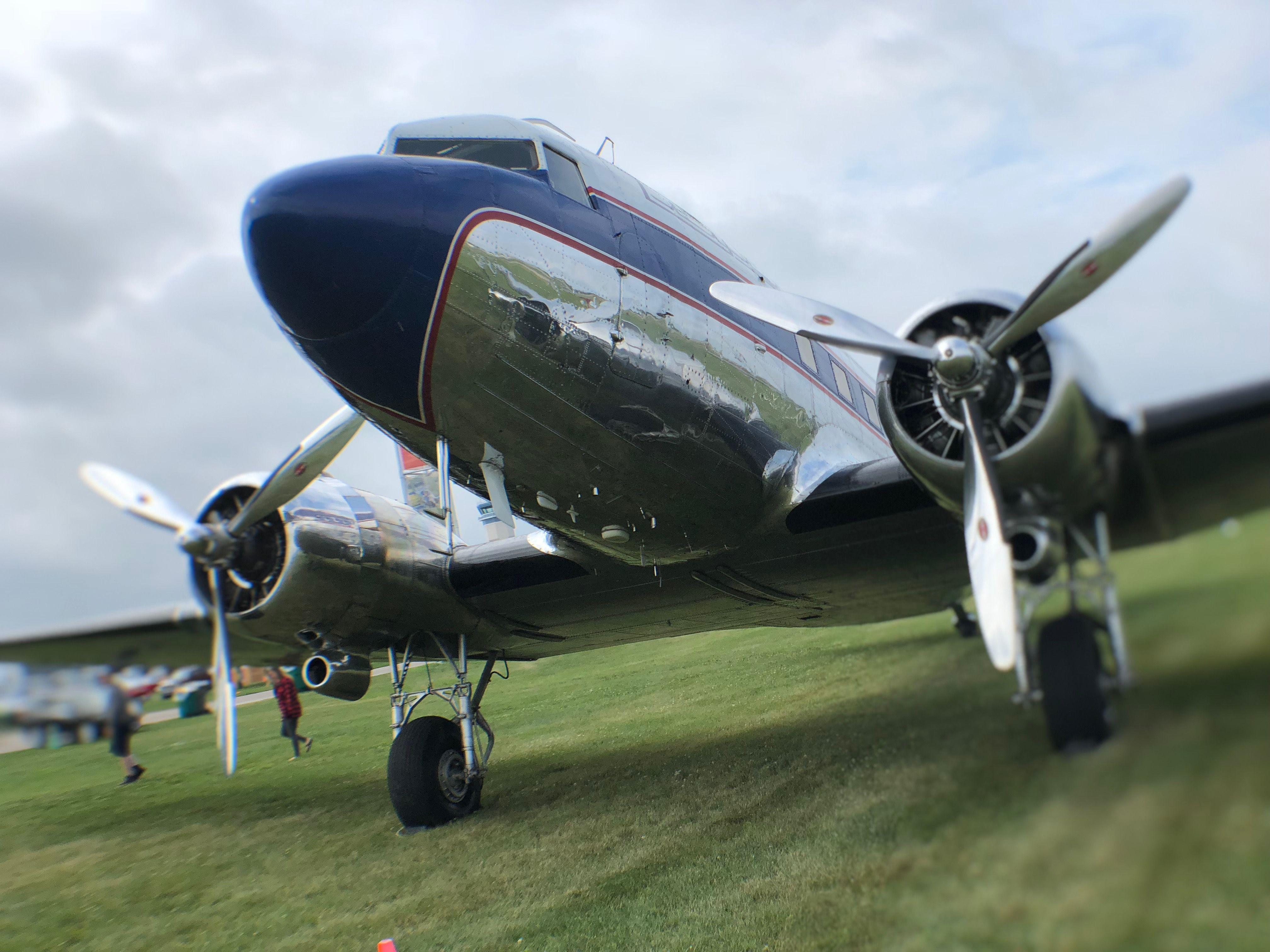 airshow360 aviation avgeek osh18 airventure planes