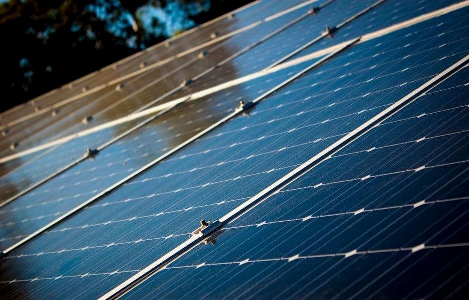 Xcel Energy Solar Farm Choosing To Go Eco Friendly By Converting To Solar Power Is Without A Doubt Best Solar Panels Advantages Of Solar Energy Solar Panels