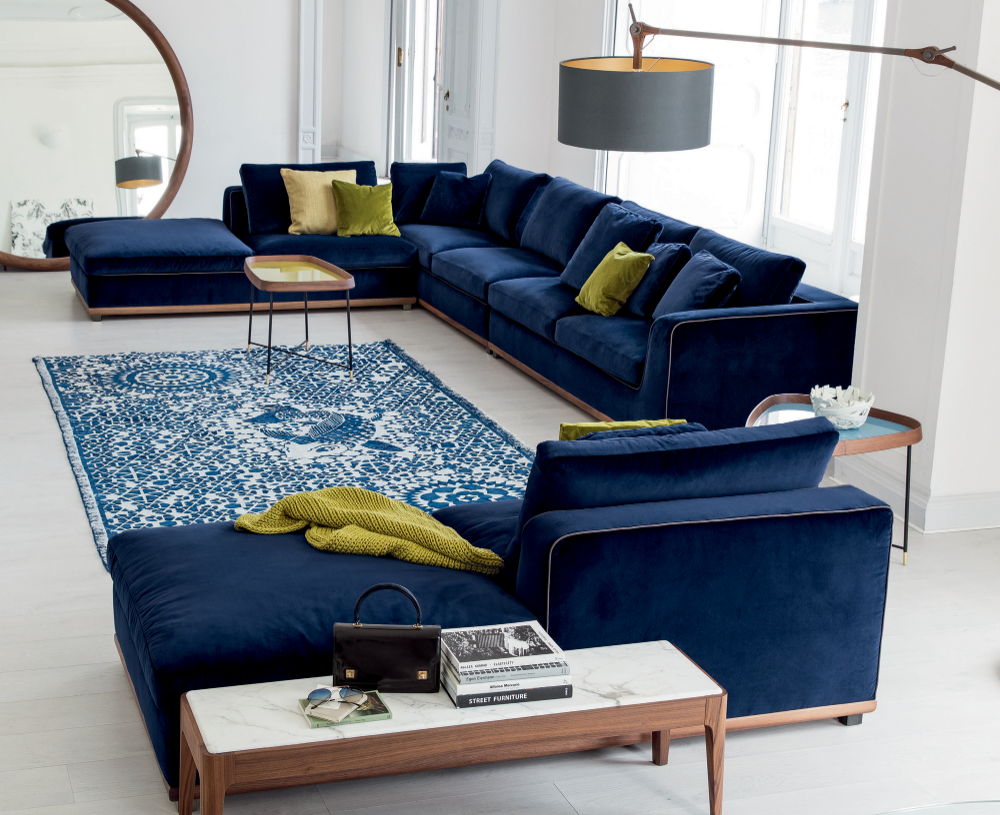High End Designer Kirk Sectional Made In Italy Blue Shades Like In The Pantone Color Of The Ye In 2020 Contemporary Sofa Design Velvet Sofa Living Room Sofa Design
