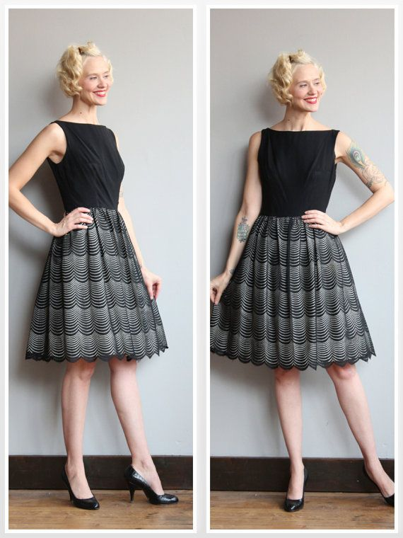 1950s Dress // Scalloped Lace Black Dress // by dethrosevintage