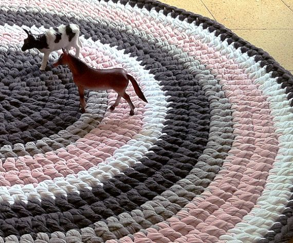 crochet rug round rug pink and gray rug children rug cotton rug knitted rug colorful rug. Black Bedroom Furniture Sets. Home Design Ideas