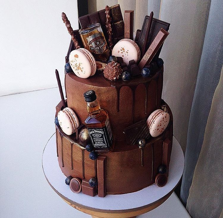 Pleasant Pin By Sara Caiola On Alcohol With Images Drip Cakes Whiskey Funny Birthday Cards Online Elaedamsfinfo