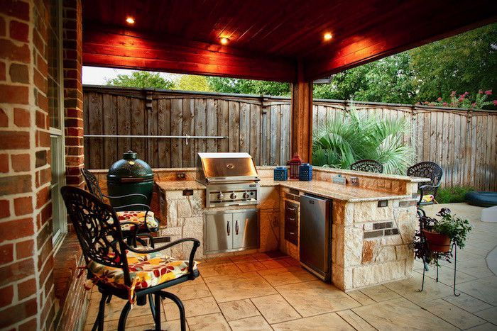 Stone Outdoor Kitchens In Dallas Tx Custom Stone Work Outdoor Kitchen Outdoor Cooking Area Outdoor Kitchen Appliances