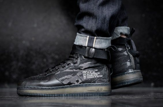 On Feet Look At The Nike Special Field Air Force 1 Mid Black Tiger Camo Kicksonfire Com Nike Sf Af1 Nike Free Shoes Nike