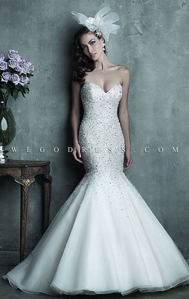 A mermaid style strapless wedding dress. #bridestheshow | Weddings ...