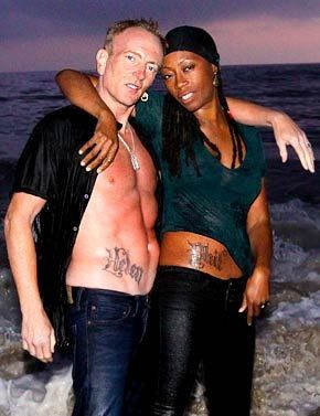 Phil Colin Def Leppard Guitarist And Wife Helen Phil Collen Def Leppard Band Def Leppard