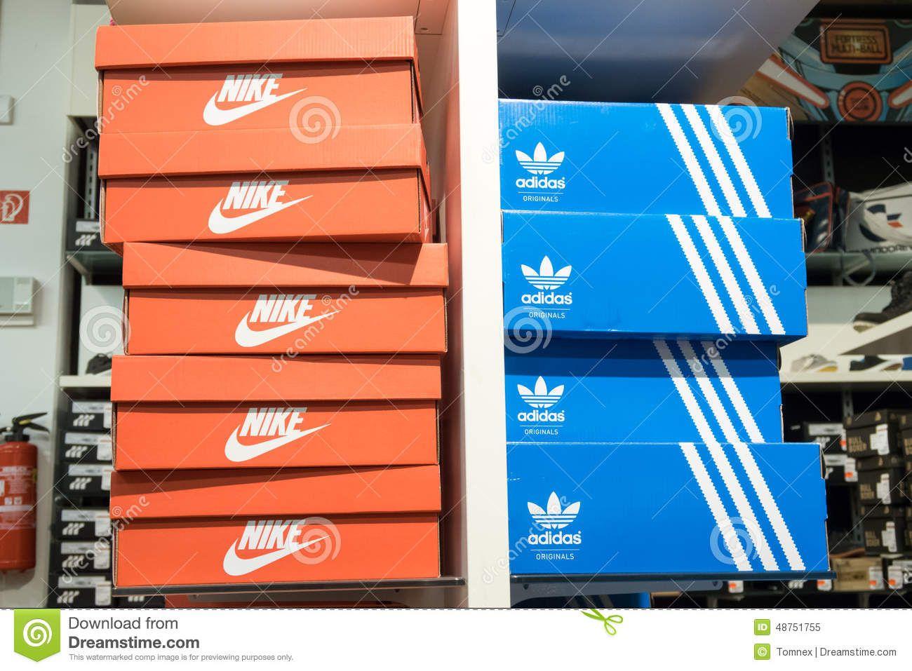 newest 9bbf5 692fa Adidas Cajas De Y Imagen Tenis Bolsas Resultado z74wPqxn