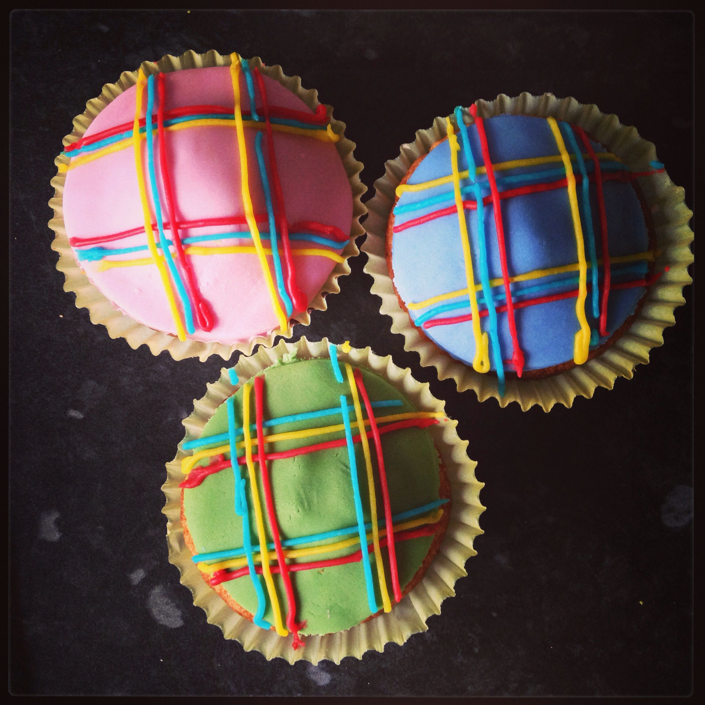 Tartan cupcakes for Burns Night 2014 (With images) Plaid