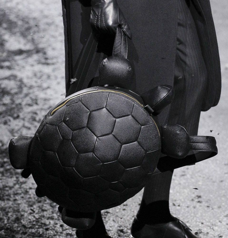 2a094c35f228 Thom-Browne-Fall-2015-Bags-1