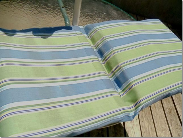 How To Do A Patio Cushion With The Top And Bottom As One Piece