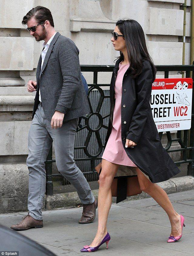 George Clooneys fiance Amal Alamuddin puts on a leggy display in