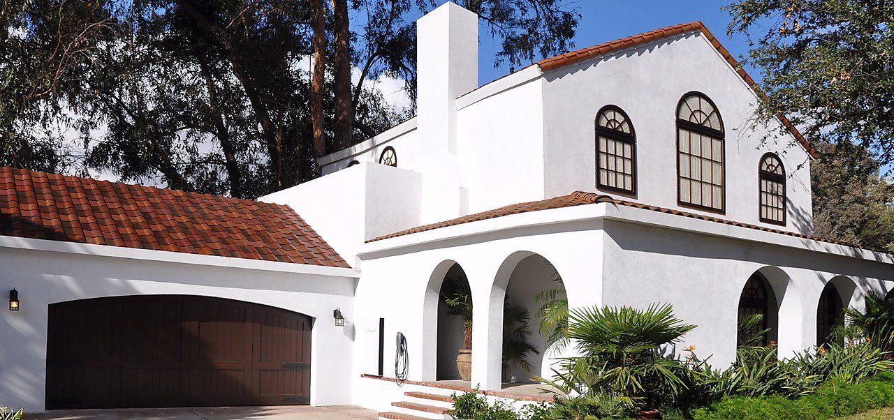 "Tesla roof challenges solar panel industry ""California"