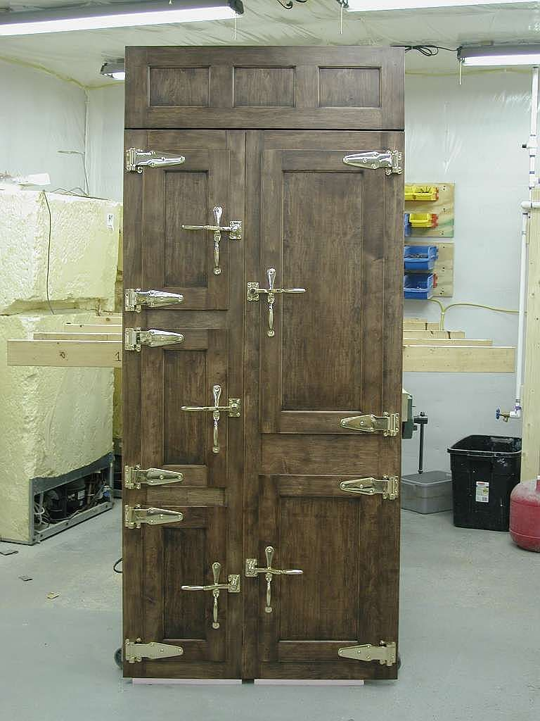Roseland Icebox Company creates turn-of-the-last-century icebox doors for built-in refrigeration.