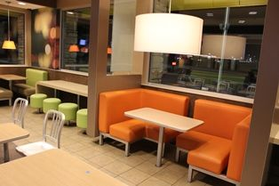 Zone Seating For Fast Casual Restaurants Mcdonald S Zionsville In