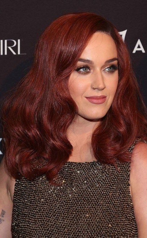 The Wood Y Red Hair Color Called Mahogany Red Is The Next Shade For
