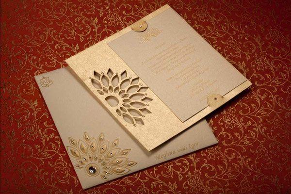 Most Elegant And Stylish Wedding Card Designers In Mumbai Indian Wedding Invitation Cards Wedding Card Design Indian Indian Wedding Invitations