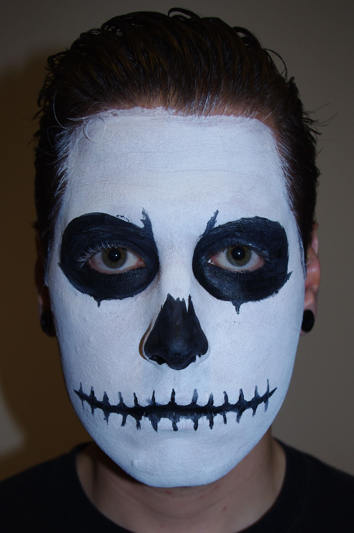 a step by step tutorial on how to do skull face paint for halloween - Skeleton Face Paint For Halloween