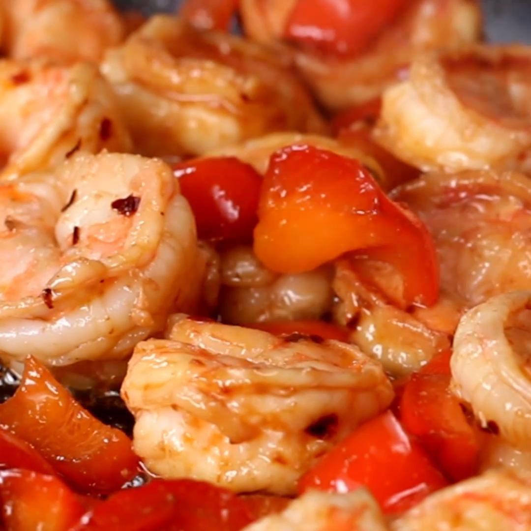 Red Chili Shrimp Stir-fry Recipe by Tasty