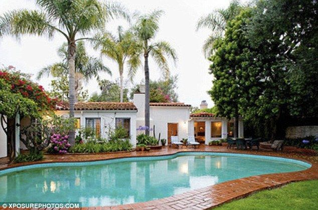 Marilyn Monroe House In Brentwood luxury los angeles house marilyn monroe died in goes up for sale