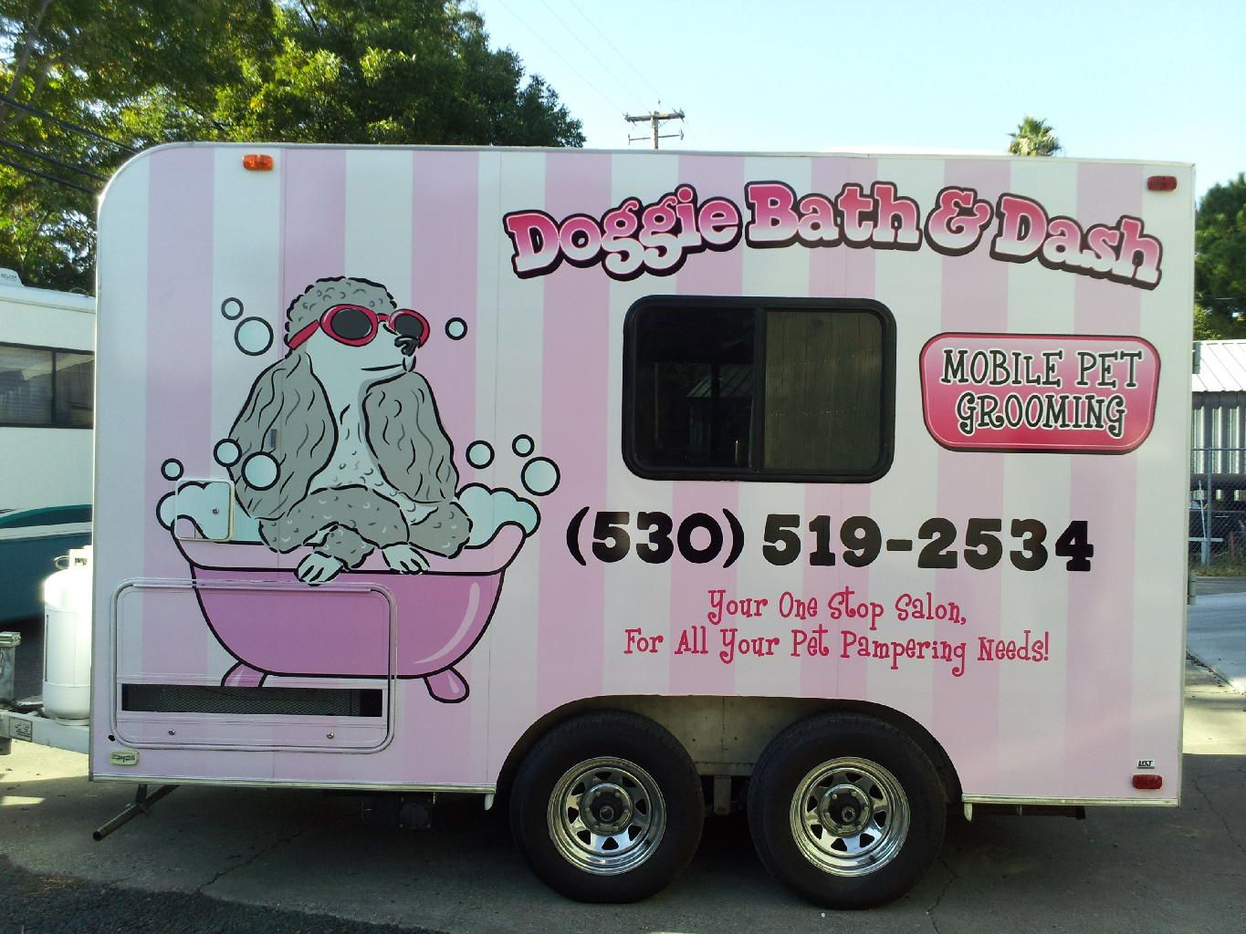 50 truck businesses that don t sell food business opportunities tickles and bubbles grooming service pinterest business dog and pet grooming