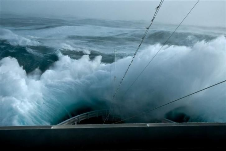 Valparaiso Port Storm - Google Search | This Is The Sea | Pinterest | Valparaiso Storms And ...