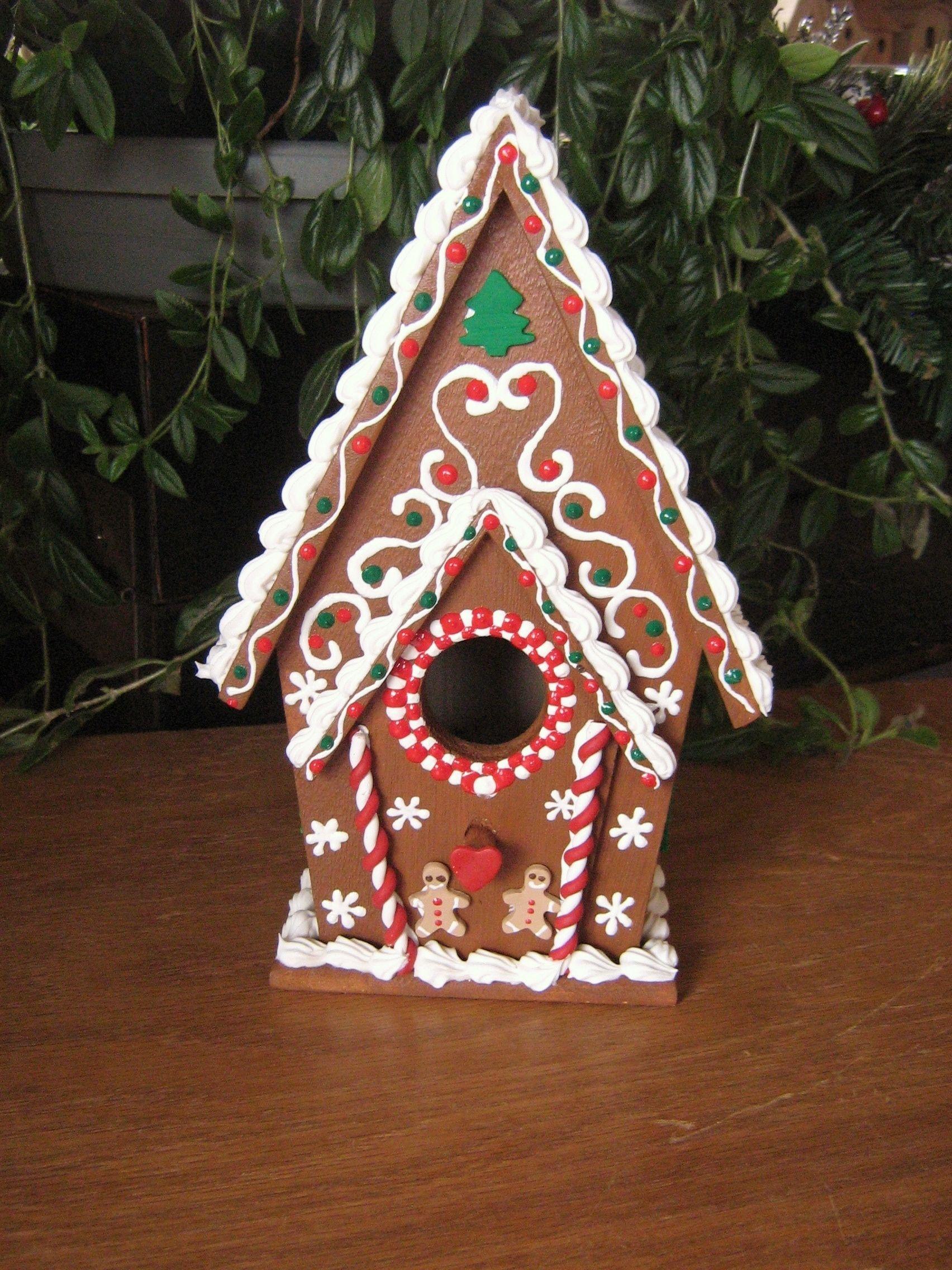 gingerbread house/bird house