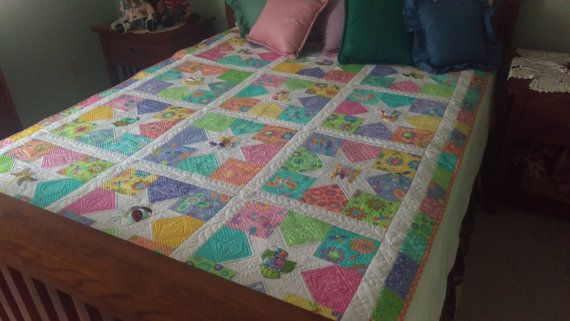 Child Quilt//Twin Quilt//Custom Quilting//Modern Quilt//Embroidery Quilt//New Homemade