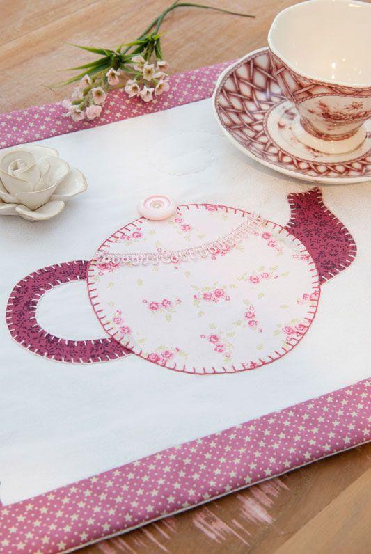 Descanso de mesa de patchwork | applique | Pinterest | Mesas, Mantel ...