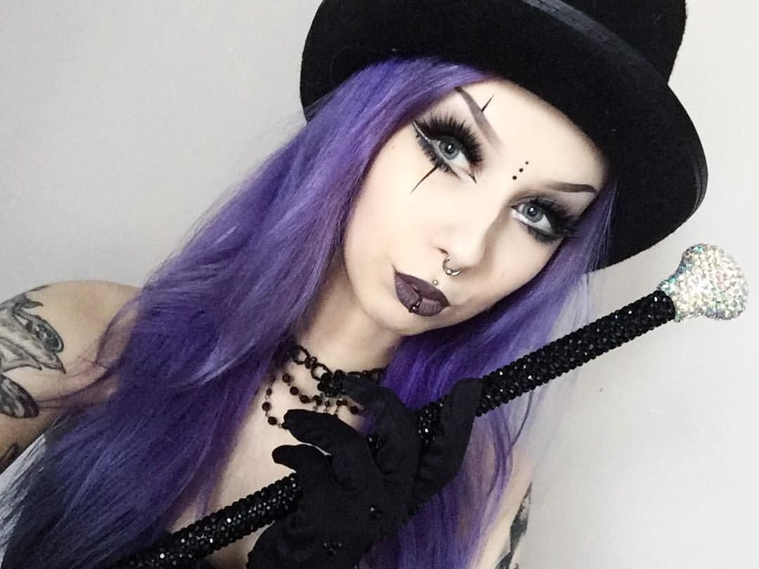 Bump on lip piercing  Photoshoot while being sick  done   Makeup  Pinterest  Makeup
