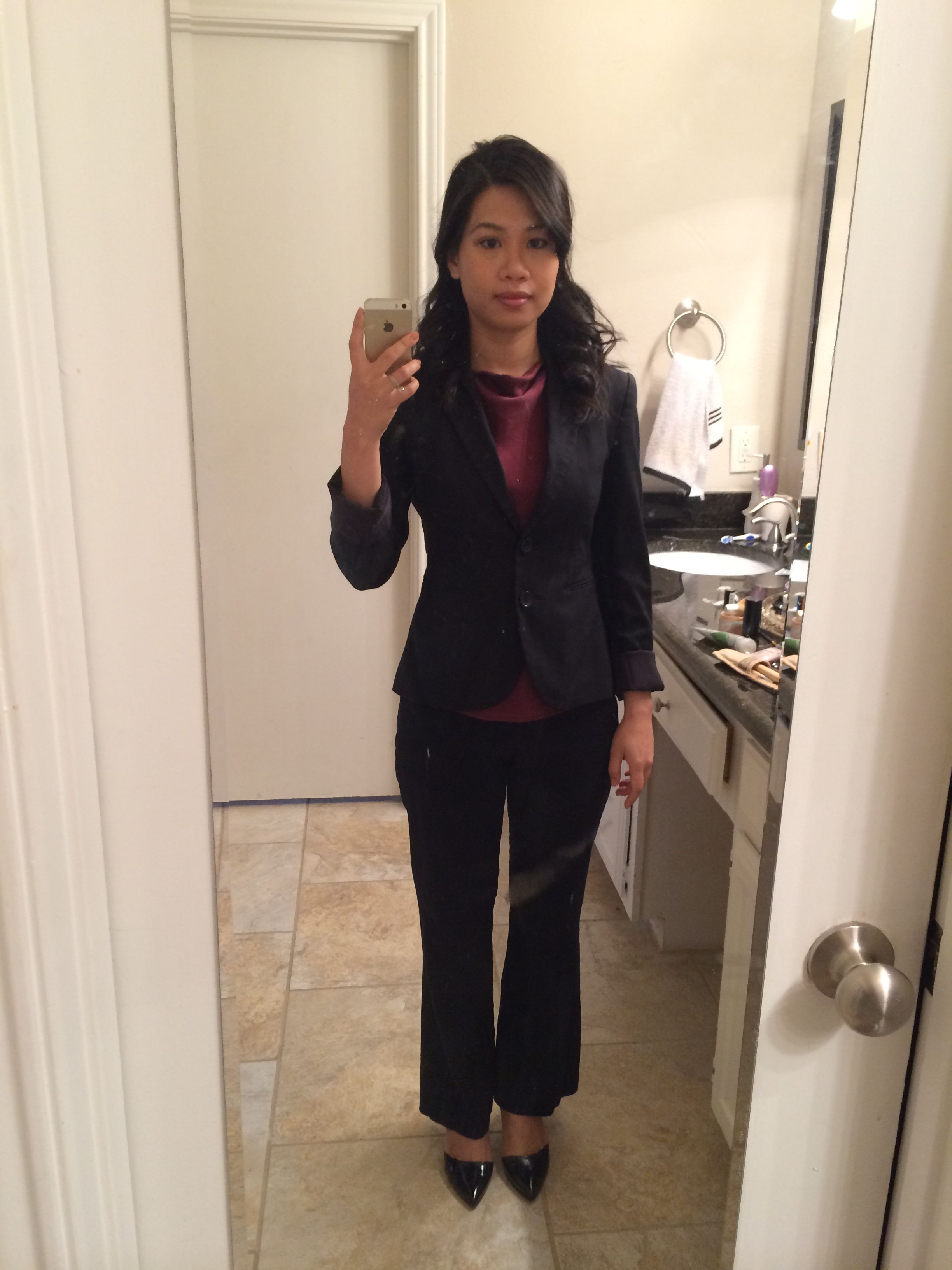 Another interview outfit with the CIO of Greyhound. Got a job as their  mobile project manager ;) interview outfit, work outfit, professional  clothes