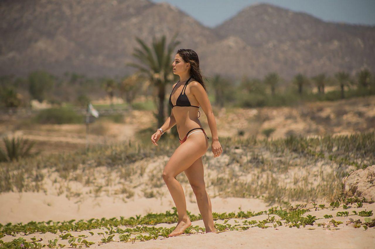 nude (14 photos), Tits Celebrites fotos