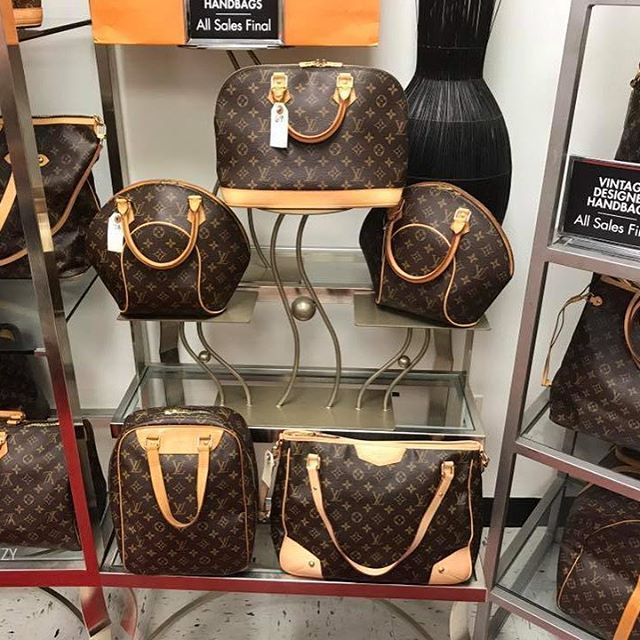 Louis Vuitton Collection 39 Vintage At Dillard S Location Credit Felipe Reina Group Member A Place We Share Our