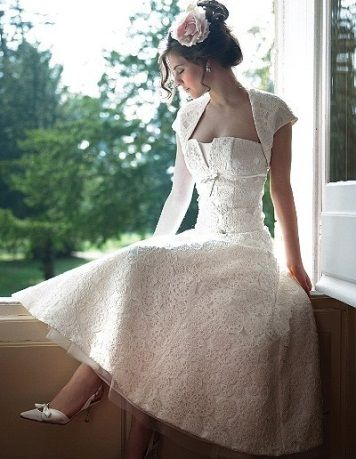 How to Get 1940 s Style Wedding Dresses and Theme
