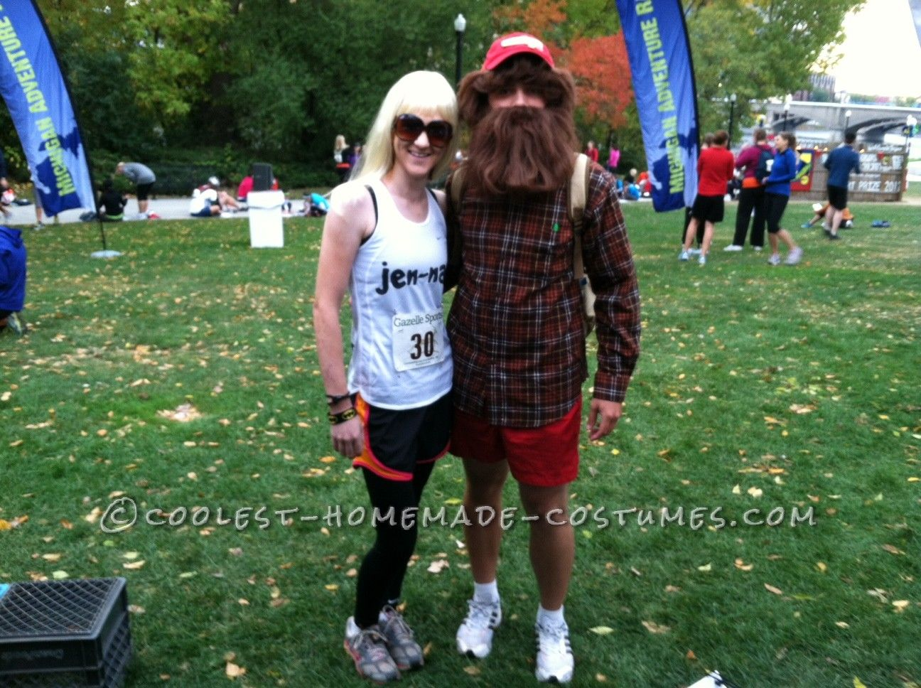 Cool Forrest Gump and Jen-nay Couple Costume... This website is the Pinterest of costumes