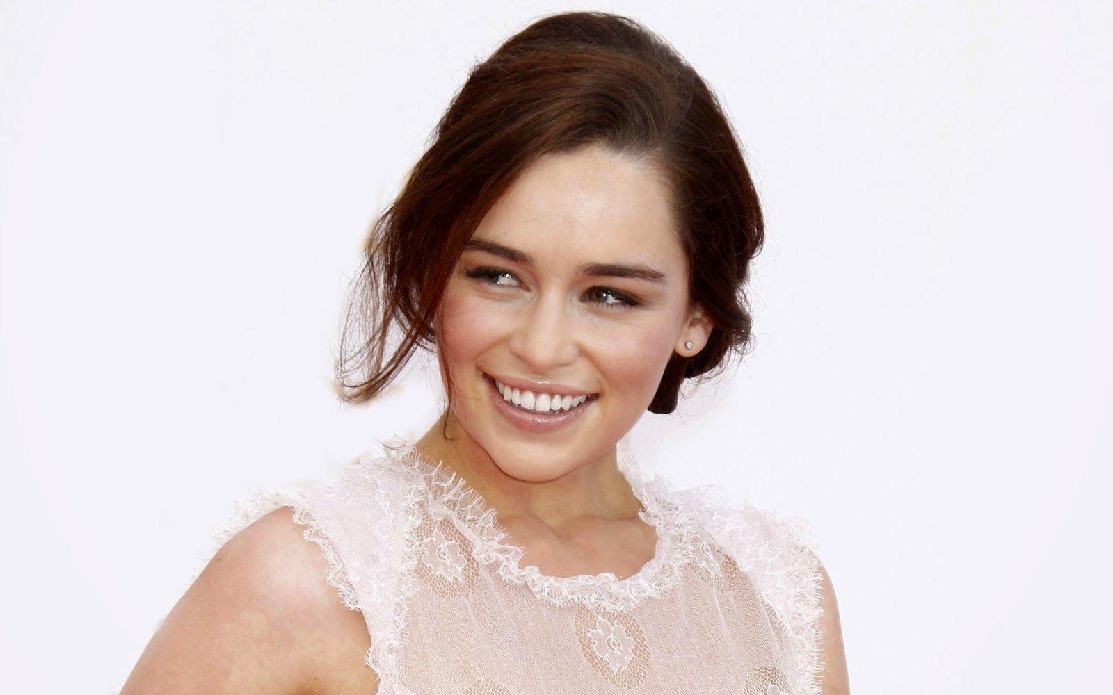 1000 images about emilia clarke on pinterest emilia - Emilia Clarke 9 Jpg 1600 1000