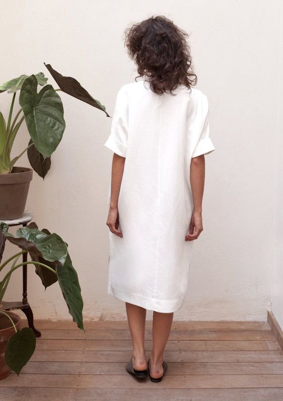 66431f6788 Buttoned up linen shirt dress with pockets. Great beach dress