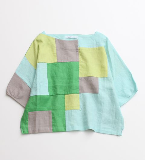 This top looks easy to sew- imagine all the color and texture possibilities