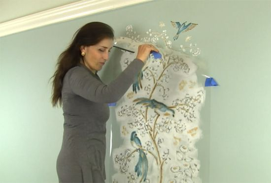 How To Stencil A Chinoiserie Wallpaper Pattern - Stencil Stories