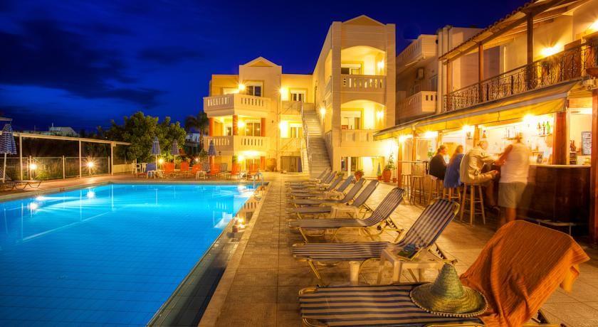 Booking.com: Artemis Apartments , Stalos, GRE - 70 Gästrecensioner . Boka hotell nu!