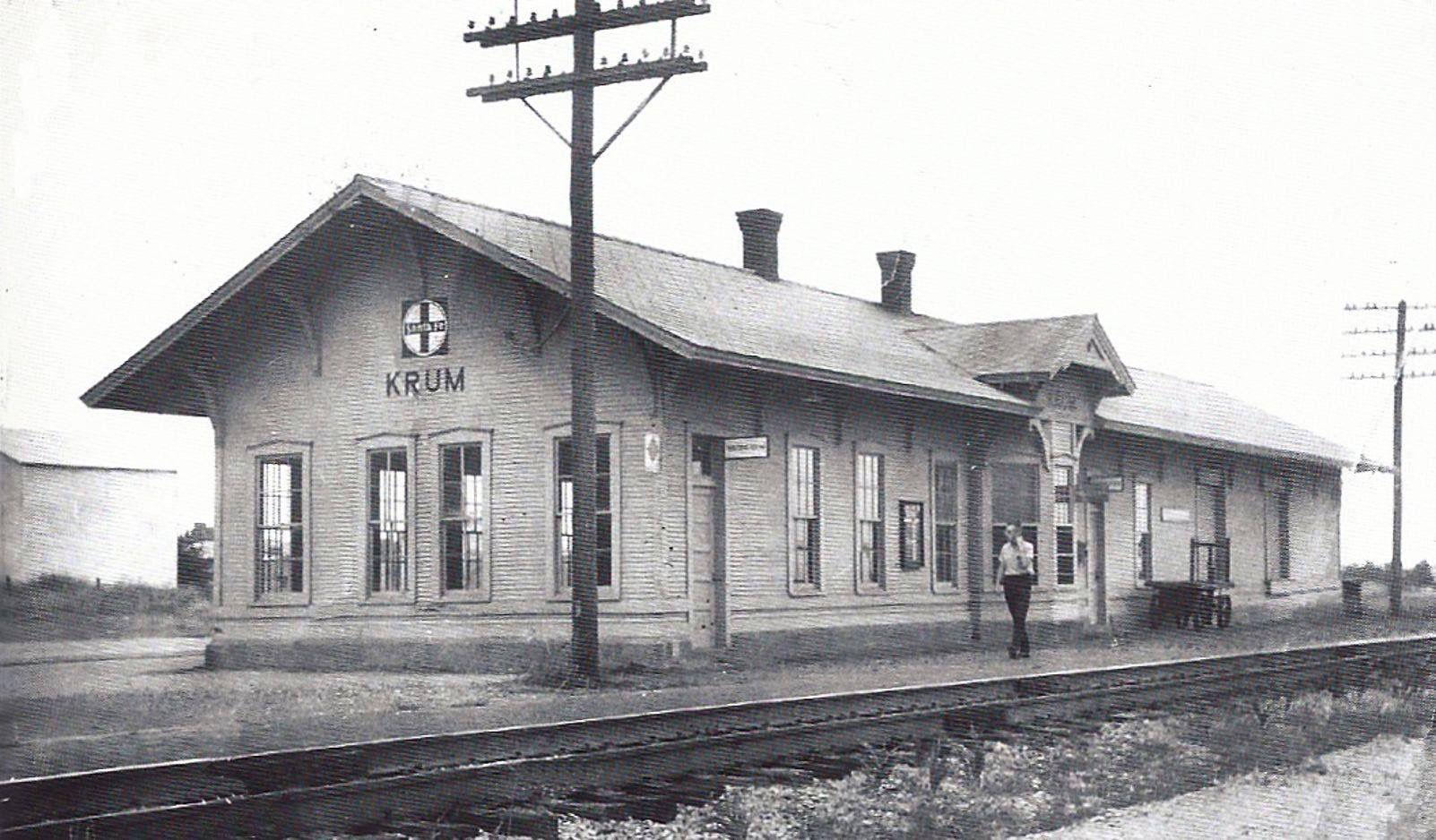 Pin by TJ on Santa Fe Railroad Railroad station, Train