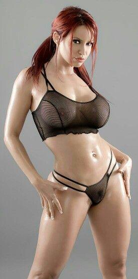 Lesbian redhead strap