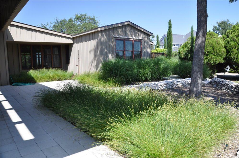 Ornamental Grasses Front Yard Ornamental Grass Landscape 400 x 300