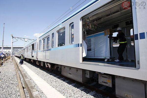ホームドア 設置は意外な方法 珍しい 乗客 の東京メトロ東西線