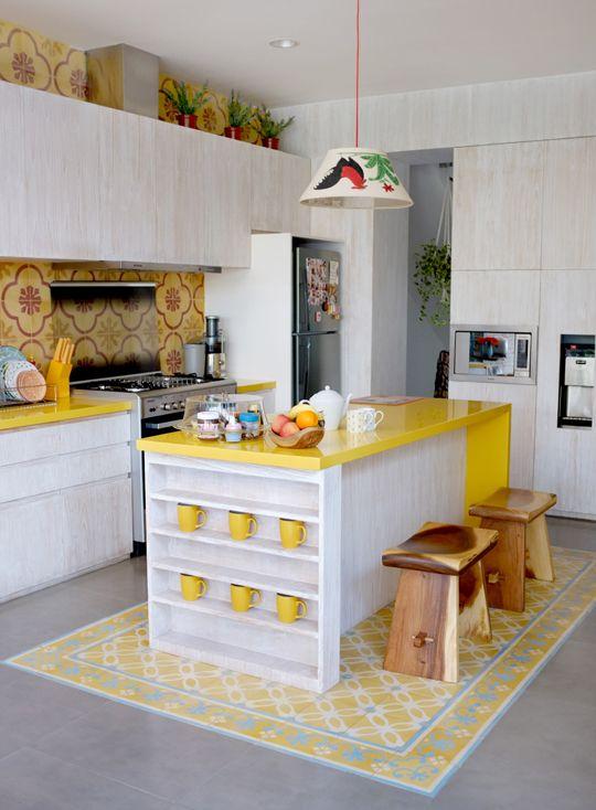 Featured: Nylon Japan   #dekor #dekorrumah #dekorasi #dekorasikamar #dekorasirumah #desain #rumah #interiorrumah #gayainterior #rumahminimalis #interiormimimalis #dapurminimalis