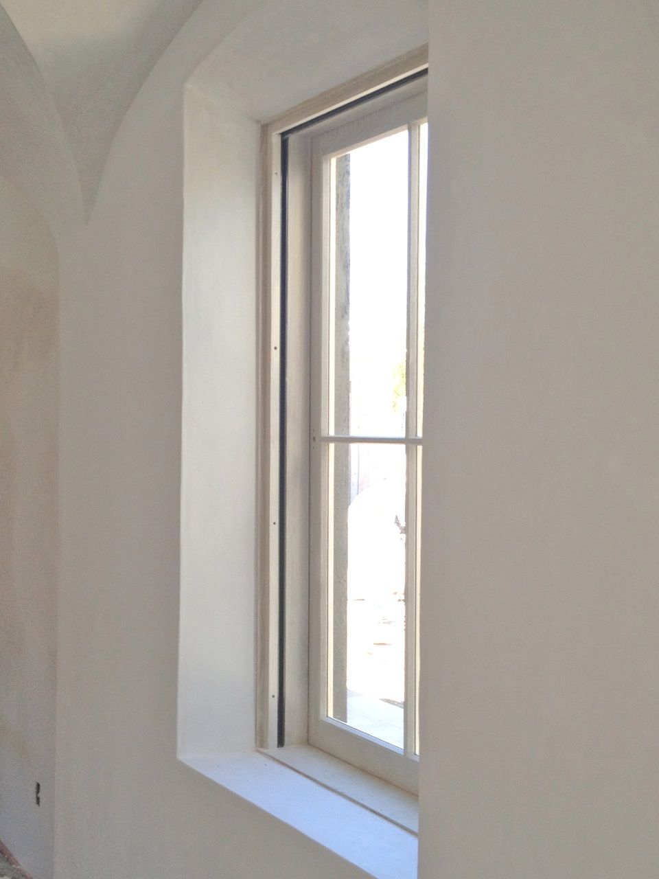 Plaster Walls Around Inset Deep Window Sill No Molding With Arch Detail Plaster Walls Interior Windows Window Sill