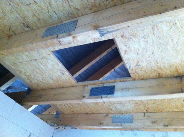 Bodentreppe Samt Osb Platten Auf Dem Dachboden Haus In 2019