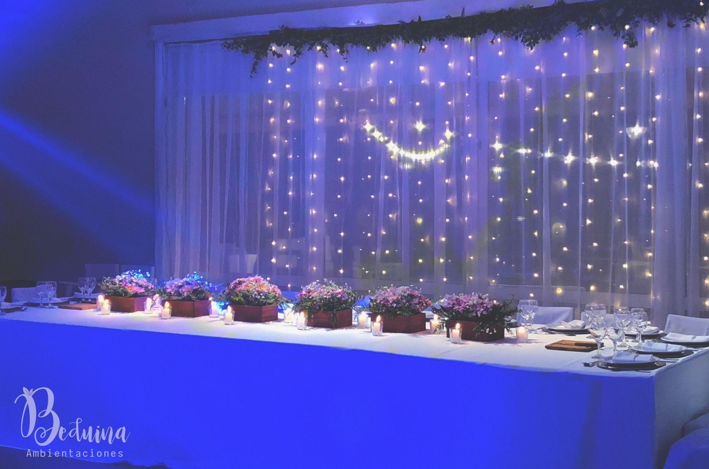 Fondo De Mesa Con Lluvia De Luces Led En Mesa Principal