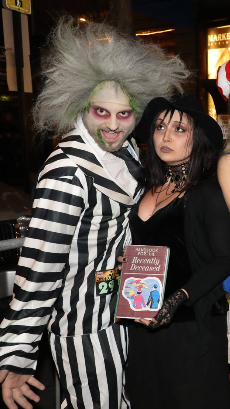 Beetlejuice And Lydia Deetz Couples Costume Couples Costumes Beetlejuice Lydia Deetz