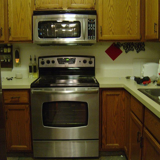 How To Install A Microwave Over The Stove Microwave Above Stove
